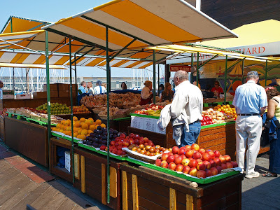 Market Traders Smart Self Storage -Smart Self Storage Solution for Market Traders by Boylin's : photo of a typical open market area