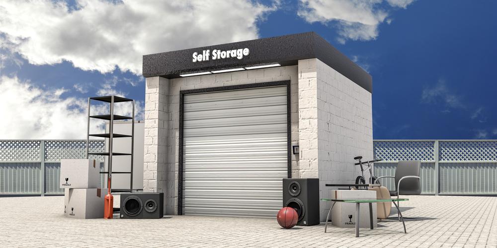 Optimise your storage unit - Self storage unit with used stuff outside
